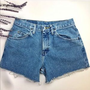 🍃Vintage Wrangler Light Wash Cut Offs